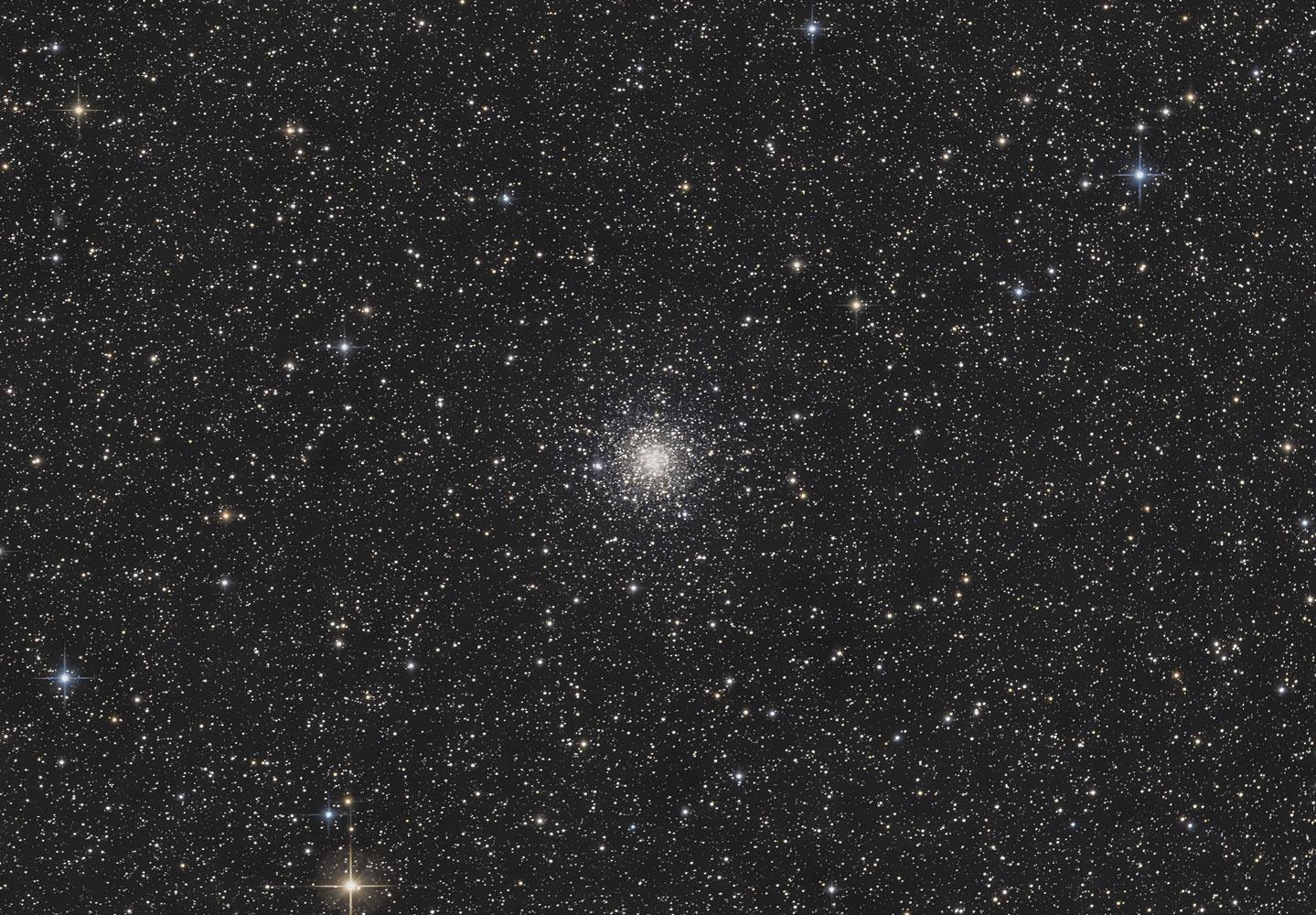 Messier 56, M56, Kugelsternhaufen