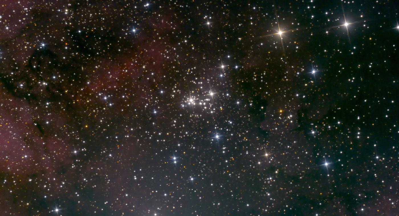 NGC 6910
